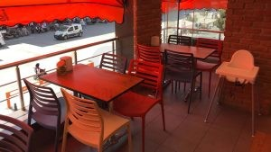 Sultanbeyli İsos Cafe Renkli Mono Blok Sandalye 3