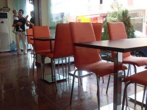 Mono Blok Sandalye