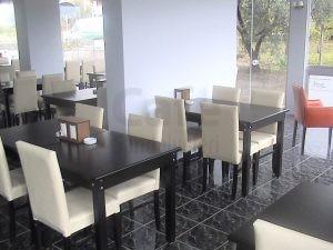 Beyaz Sandalye Cafe Restoran Dekorasyon