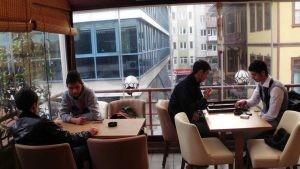Olbia Cafe Modern Poliuretan Sandalye Ahsap Masa Sandalye